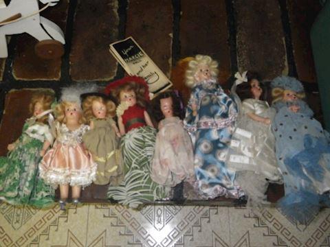 Lot #50 - Dolls (Basement)