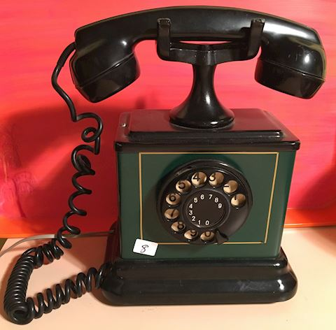 Heavy Old Fashioned Rotary Dial Phone