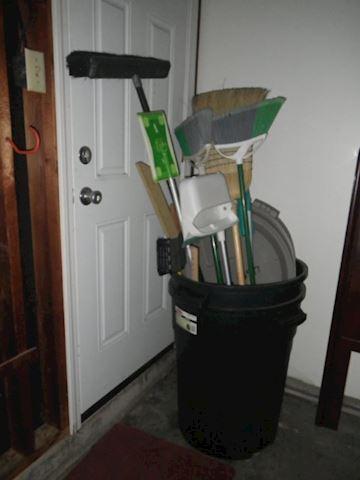 Swiffer, Brooms, Trashcan