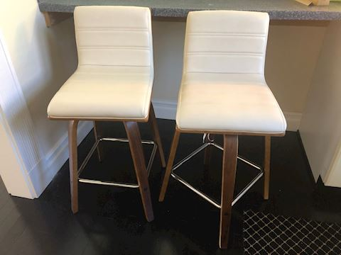 Bar/ bench chairs