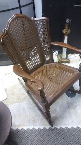Rocking Chair - #4207