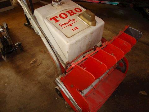 Toro Snow pup lot #55