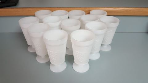 456120 Milk Glass Tumblers