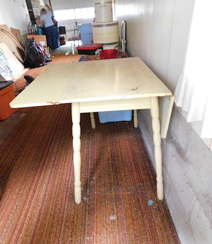 037 Drop Leaf Table