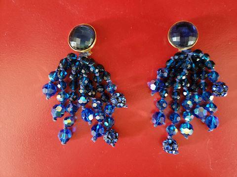 VINTAGE LAVISH MIDNIGHT BLUE CLIP ON EARRINGS