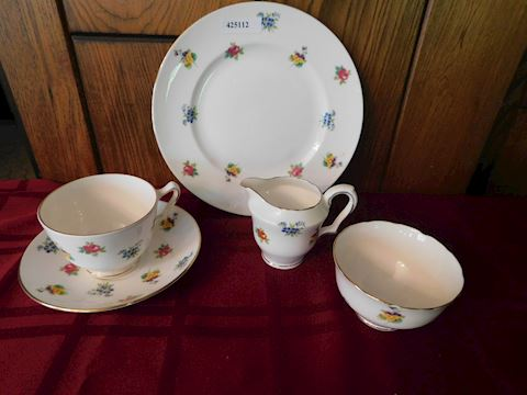 112 Fine Bone China Crown Dishes