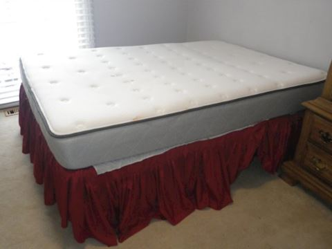 Bedframe with Sealy Posturepedic Ashland Mattress
