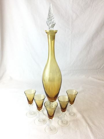 Amber Topaz Glass decanter 5 glasses 80S27