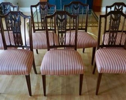 7 Carved Mahogany Dining Room Chairs
