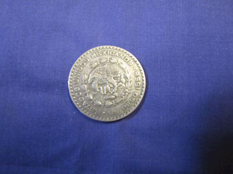 Coin - Silver Mexico Peso 1958