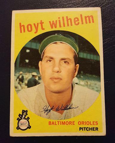 1959 Hoyt Wilhelm Baseball Card #349