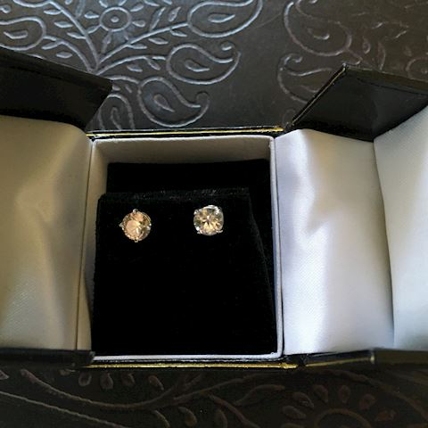 3.00 CTTW White Zircon Ladies Earrings