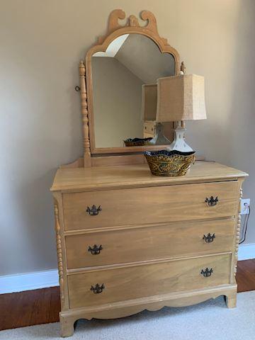 Bedroom Dresser with Mirror (Set)