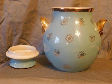 Hall's  Blue Daisy Cookie Jar