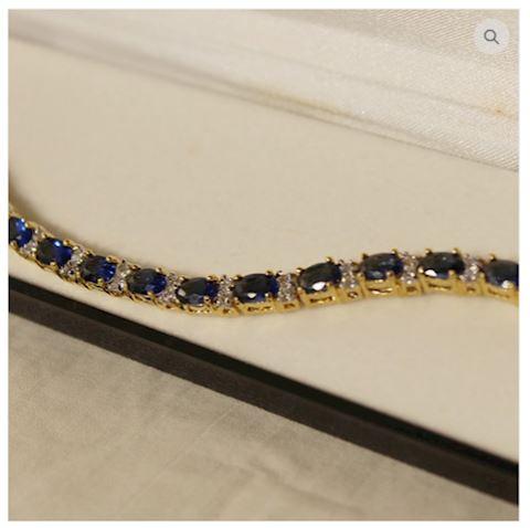 Beautiful Sapphire Bracelet 14K Gold w/ Accents