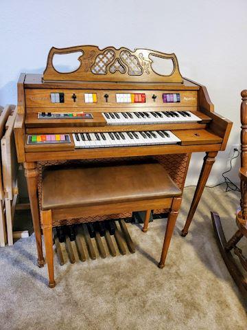Kimball Aquarius Organ