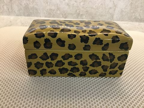 Ceramic Leopard box