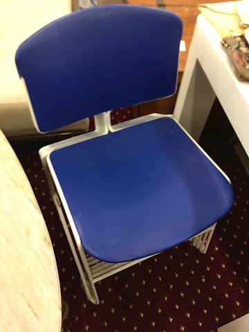 Lot of 7 Blue SteelCase Steel Case stacking Chairs