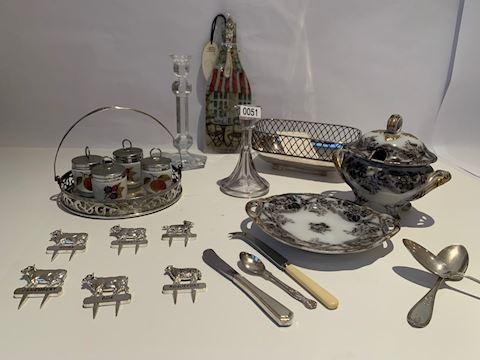 Lot 0051 Silver set & Pure Coin Silver