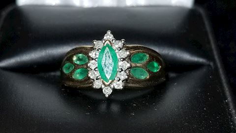 10k emerald and diamonds