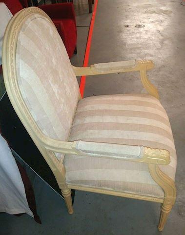 Thomasville Cream Accent Arm Chair