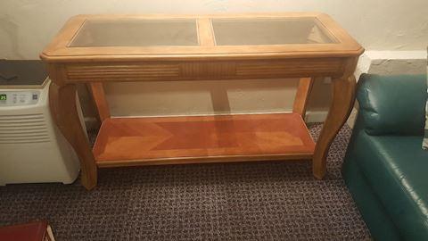 423058 Sofa Table