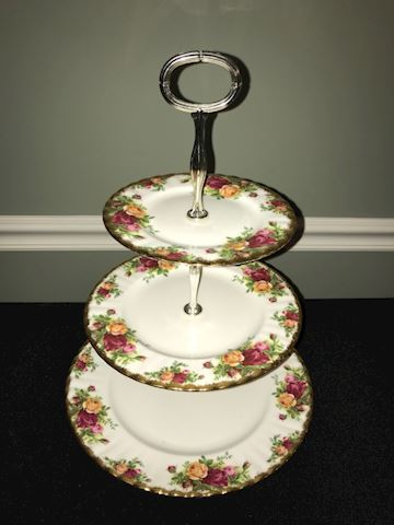 Old Country Roses 3-tier tidbit server