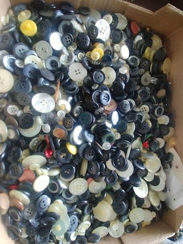 TONS AND TONS OF BUTTONS