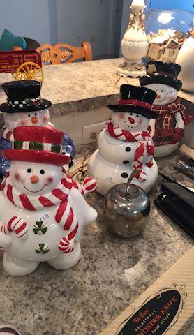 Cookie Jars Galore