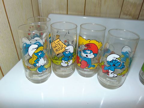 Smurf and Peanuts Glasses