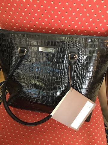Hartman bag brand new with original tags $550.00