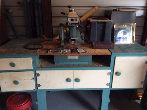 Craftsman Saw and Table