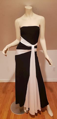 Strapless mermaid Trumpet gown color block wing