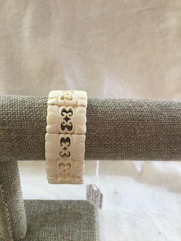Vintage carved bone openwork bracelet #80-104