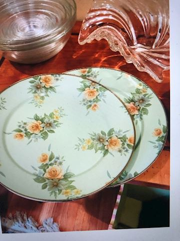 two show plates