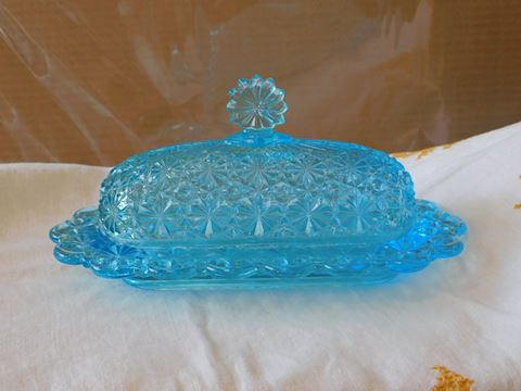 Ice blue daisy and button butter dish