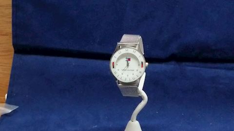 Watch-Vintage-Tommy Hilfiger-Silver