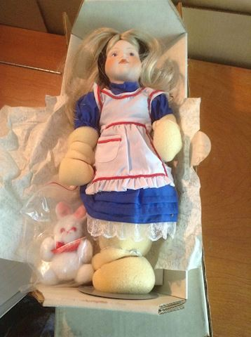 Alice in Wonderland Franklin Heirloom Doll NIB