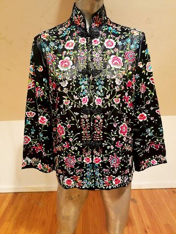 Plum Blossom /peony embroidered Macao silk Jkt