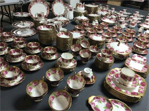 Royal Albert Old English Rose, 348 Pieces
