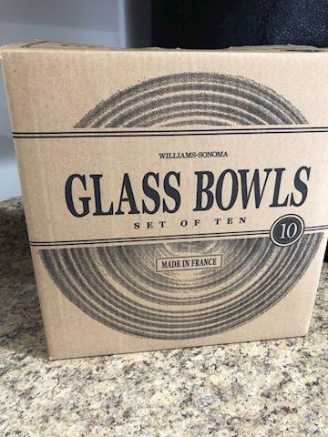 William Sonoma set of 10 glass prep bowls, NEW