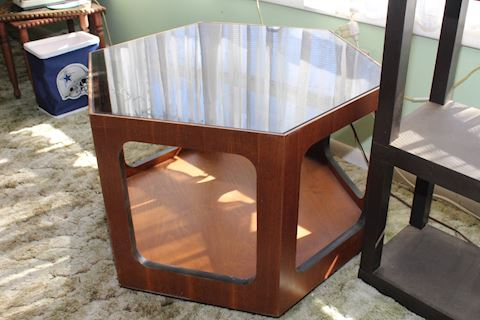 Lane Mid Century Walnut Hexagon end table