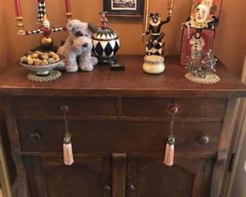 Oak cupboard
