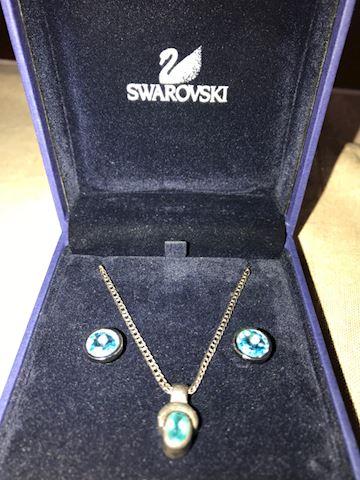 Swarovski Aquamarine Necklace & Earrings