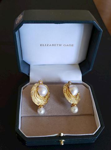 ELIZABETH GAGE 18K GOLD DIAMOND EARRINGS