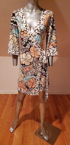 """Vtg Diane Von Furstenberg wrap silk dress"""" Renny"""""""