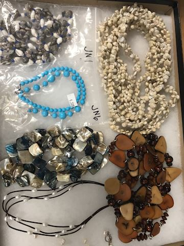 Shell freshwater pearls beads necklace lot