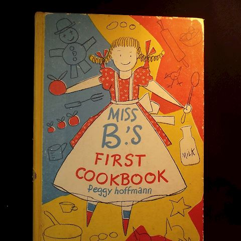 1950 Miss B.'s First Cookbook, Peggy Hoffman, 1st