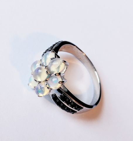 Sterling Silver Ring Moonstone