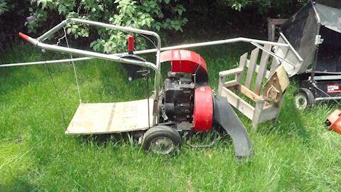 Toro lawn vacuum, snow rake...Lot #29